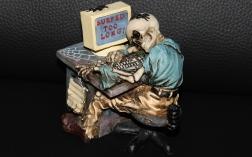 Das Problem sitzt oft zwischen Tastatur und Stuhllehne Bildrechte © F.H.Me/pixelio.de